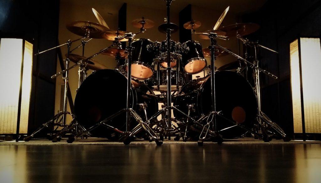 Pearl double drum set in Astia-studio A drum room