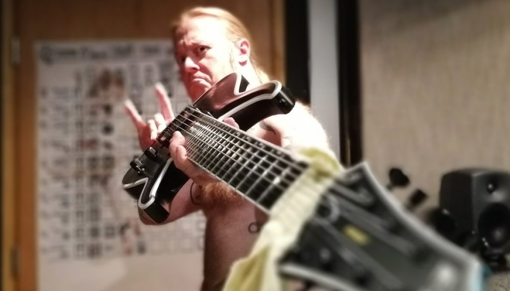 "Antti ""Hyrde"" Hyyrynen on the coolest tuning tip ever"