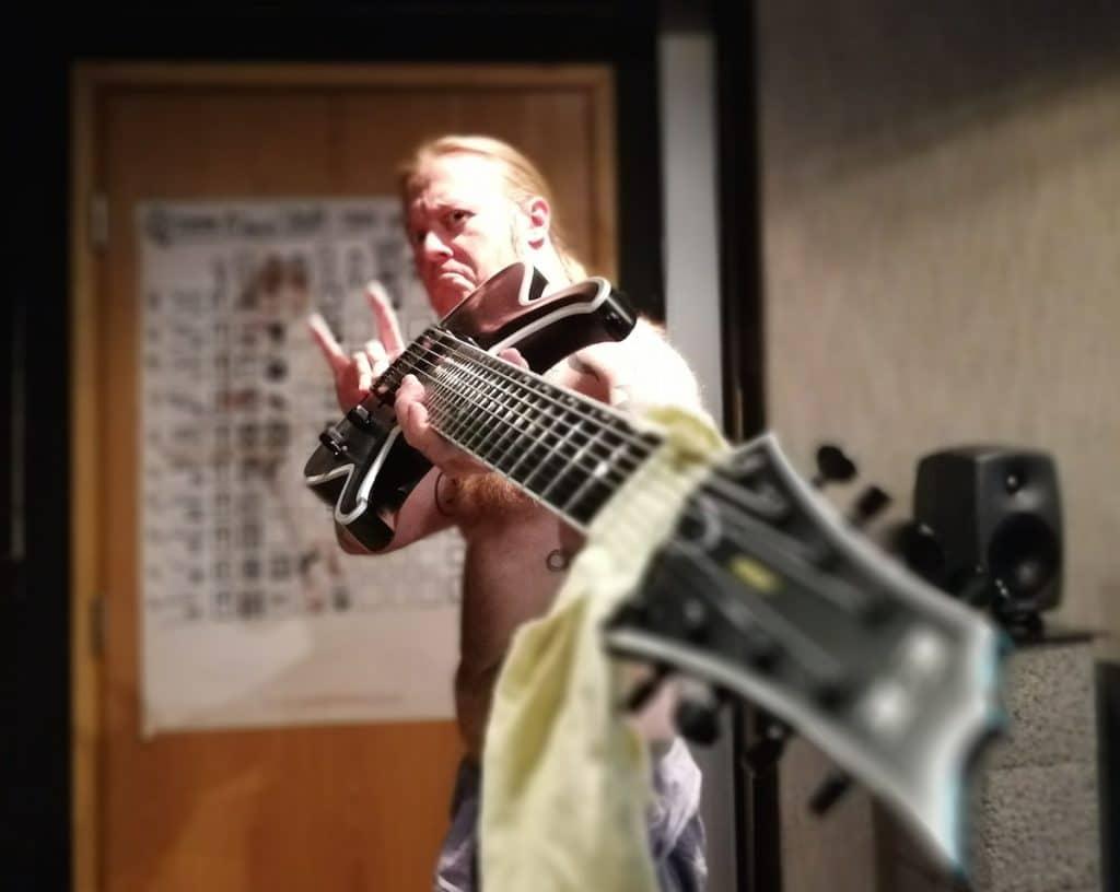 "Antti ""Hyrde"" Hyyrynen in SF Sound Studio"