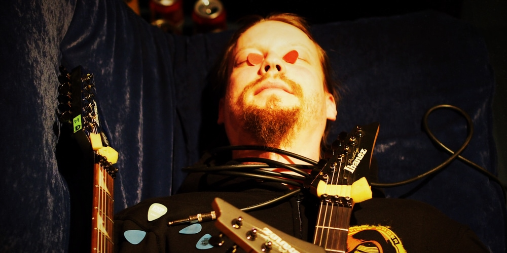 Petri Lindroos from Ensiferum in Astia-studio.