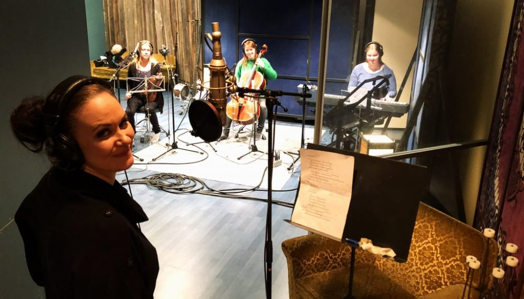 Mariina Niittymäki in Astia-studio vocal booth