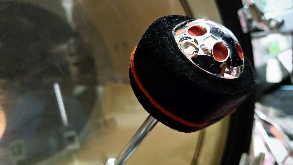The bass drum beater - Pearl B-300F Demon Drive Control Core Beater